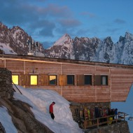 Argentiere hut is a great place to be in the evenings