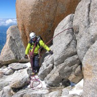 Using rock spikes for belay