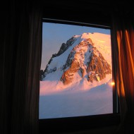 Good evening from the Cosmiques hut