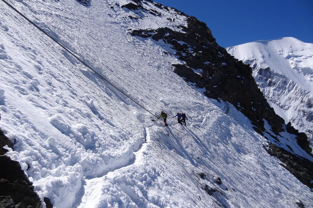 mont blanc summit climb mountain spirit guides. Black Bedroom Furniture Sets. Home Design Ideas