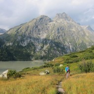 Approach along Grimselsee, towards the compact granite slabs of Eldorado