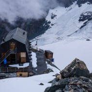 Arriving to Ayas Hut