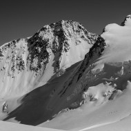 Looking on the descent past Dufourspitze and Zumsteinspitze
