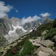Approach to Refuge Envers des Aiguilles