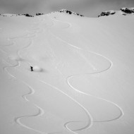 Lofoten powder skiing