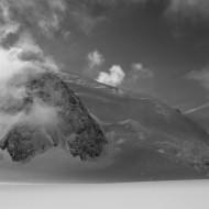 Skiing Vallee Blanche - Aiguille du Midi