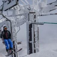 Japan power skiing