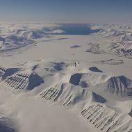 Svalbard ski and sail