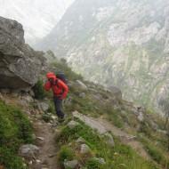 Approach to Soreiller hut in the rain