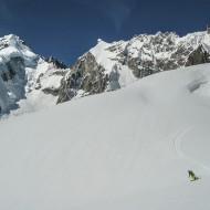 all the way down de la Neuve glacier