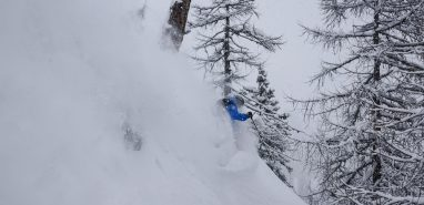 Epic Powder Skiing – Chamonix in February