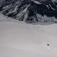 Skiing Helbronner towards the Pavillion