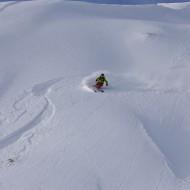 Skiing down to Matun