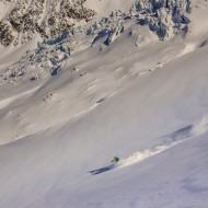 Skiing down glacier du Tour