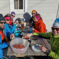After ski, fresh shrimps toast and beer